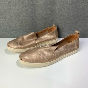 Rose gold leather Toms